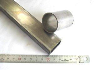 画像1: ステンレス角パイプ 30mm×20mm×1.5mm×232mmくらい=1本 + 化粧管外径 34mm×肉厚1.5mm×48mmくらい=1本、、端材 (1)